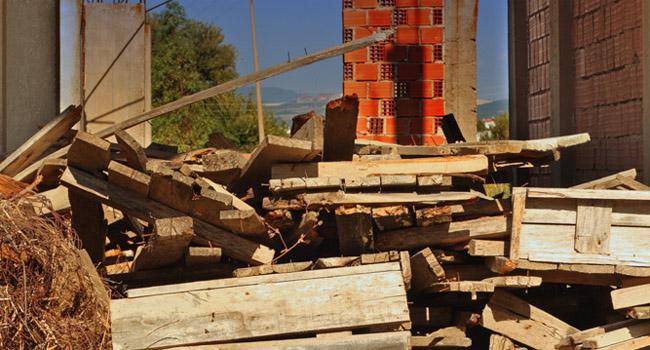 Odvoz lesa in lesnih odpadkov